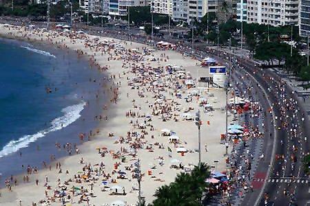 全球最恐怖的5大海灘01.jpg
