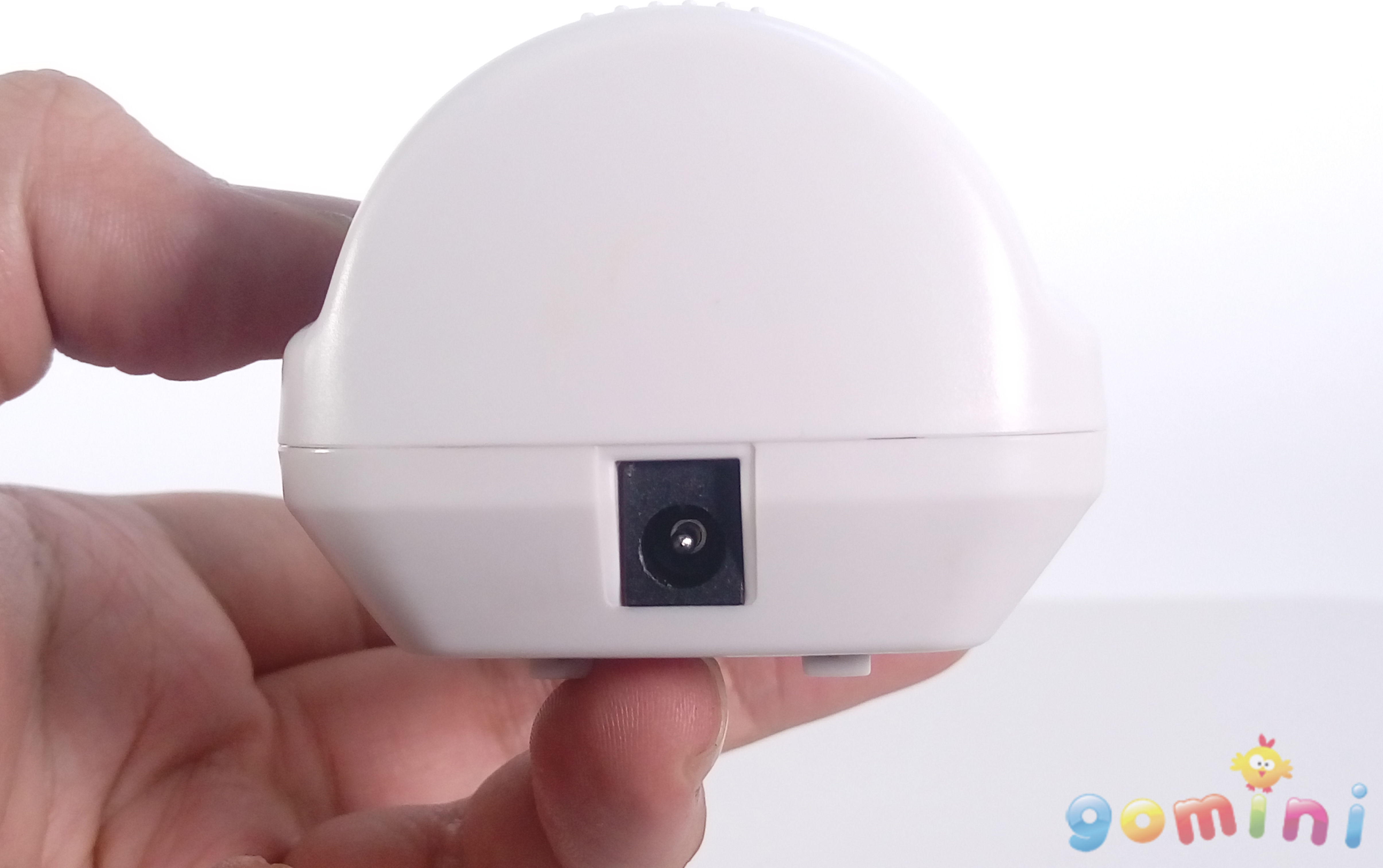 手握移動偵測器(下方).jpg