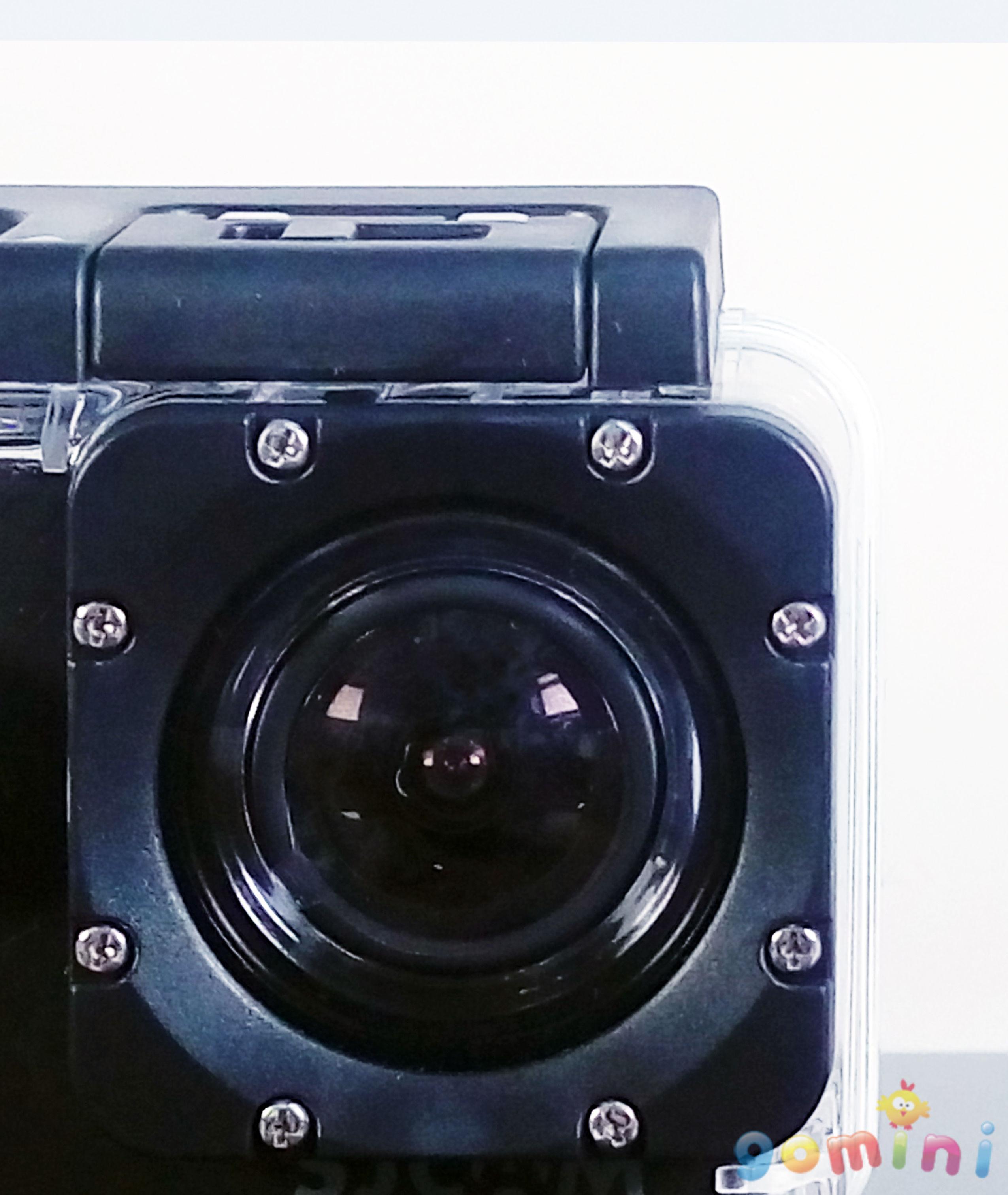 防水殼鏡頭近拍.jpg