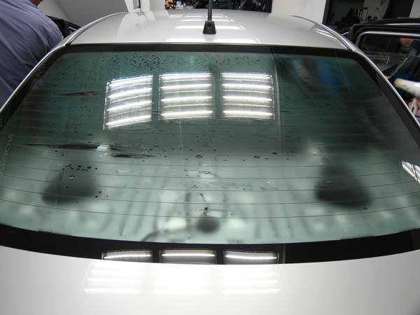 """車內降溫,冷氣保養就靠""""國際頂級汽車隔熱紙-SolarGrad"""",開車不用再擦防曬乳6"""