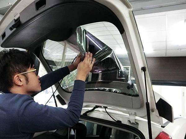 【台中舒熱佳開箱】汽車隔熱膜的強大無毒保證!攸關生命安全,也保住汽車冷媒荷包9