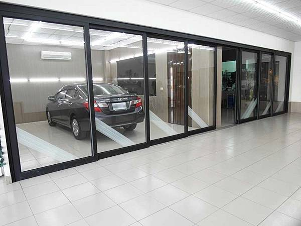 【Solargard LX 40 S16 隔熱紙開箱】無毒防爆保證 安全性提升 汽車大升級12