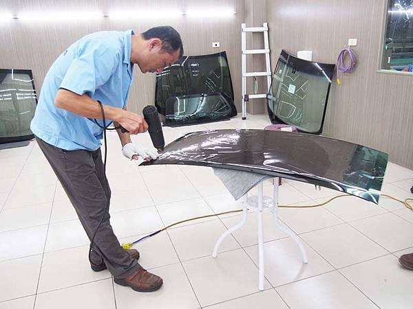 【Solargard LX 40 S16 隔熱紙開箱】無毒防爆保證 安全性提升 汽車大升級13