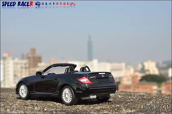 Benz SLK55 AMG by Kyosho 002.JPG