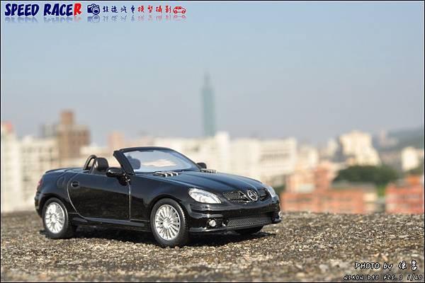 Benz SLK55 AMG by Kyosho 001.JPG