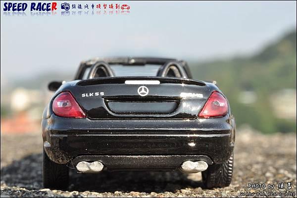 Benz SLK55 AMG by Kyosho 006.JPG