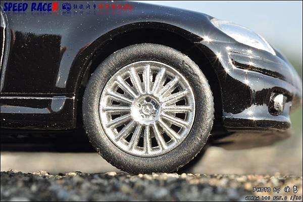 Benz SLK55 AMG by Kyosho 007.JPG