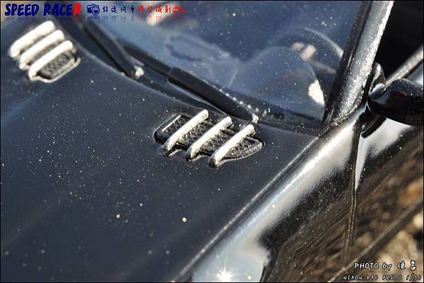 Benz SLK55 AMG by Kyosho 009.JPG