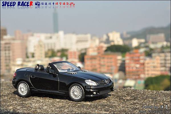 Benz SLK55 AMG by Kyosho 011.JPG