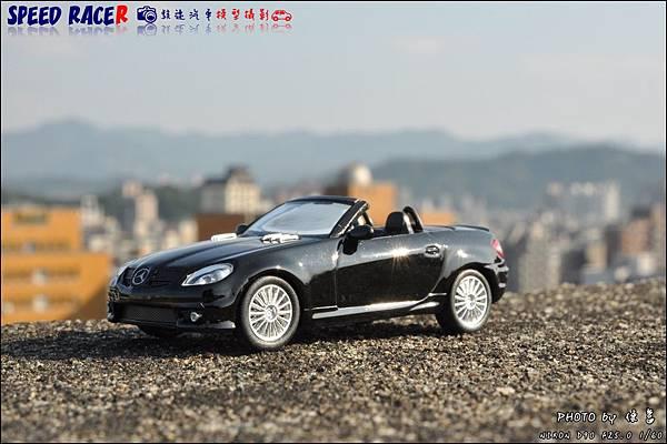 Benz SLK55 AMG by Kyosho 013.JPG