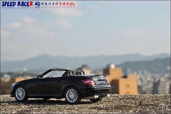 Benz SLK55 AMG by Kyosho 018.JPG