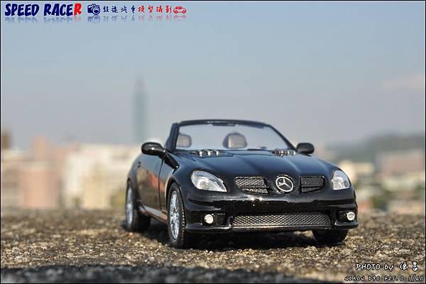 Benz SLK55 AMG by Kyosho 019.JPG