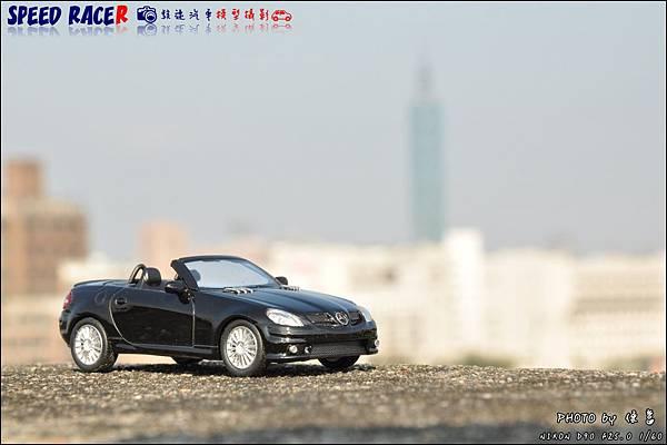 Benz SLK55 AMG by Kyosho 021.JPG