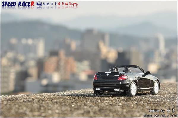 Benz SLK55 AMG by Kyosho 022.JPG