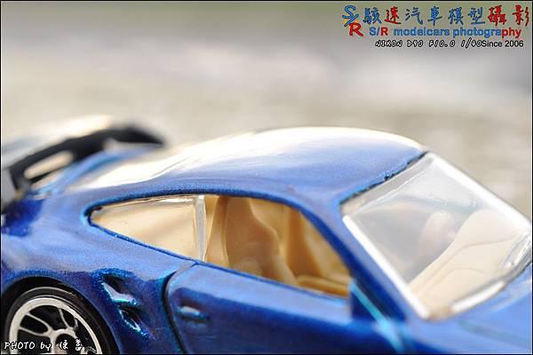 PORSCHE 997 GT2 by HOTWHEEL 012.JPG