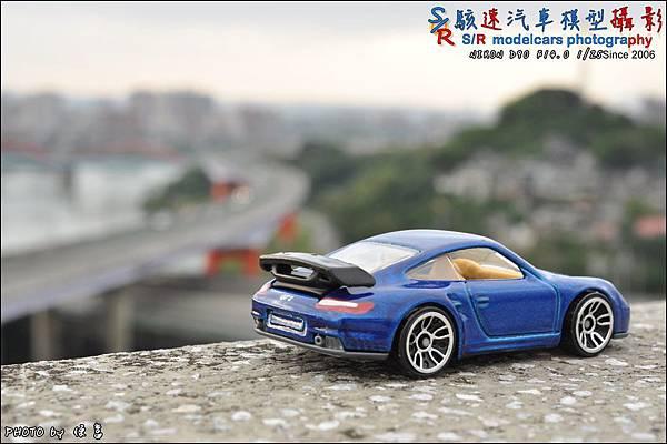 PORSCHE 997 GT2 by HOTWHEEL 021.JPG
