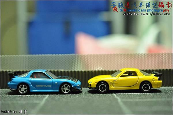 Mazda RX-7 RE雨宮式樣 by Tomica Premium 037.JPG