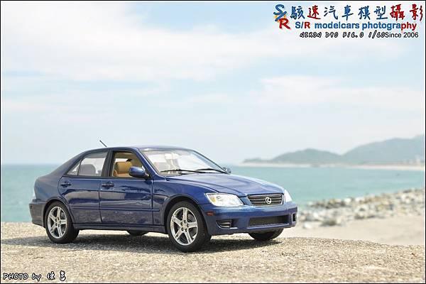 Lexus IS300 by Autoart 028.JPG