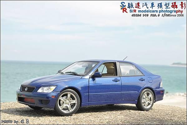 Lexus IS300 by Autoart 032.JPG