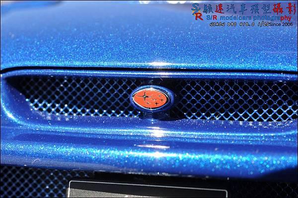 SUBARU IMPREZA 22B by Autoart 056.JPG