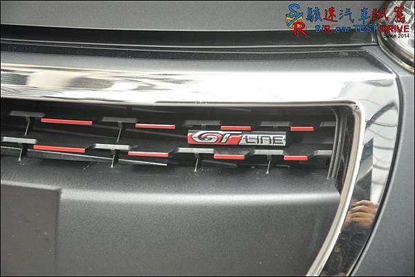 Peugeot 208 GT Line 034.JPG