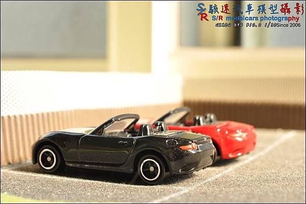 Mazda Roadster (MX-5) by Tomica 038.JPG
