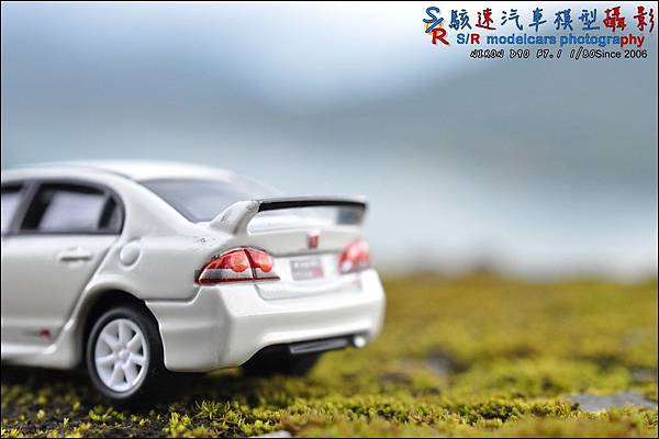 Honda Civic Type R by Tomica Limited 015.JPG
