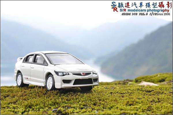 Honda Civic Type R by Tomica Limited 023.JPG