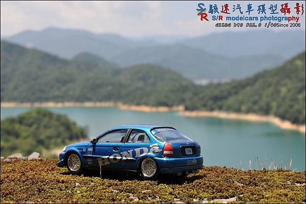 Honda civic EK9 by Johnny Lightning 003.JPG