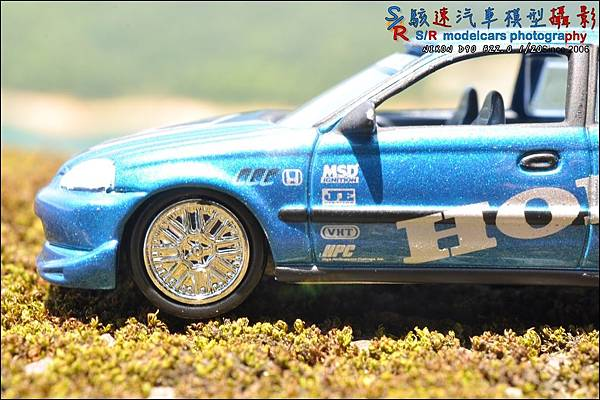 Honda civic EK9 by Johnny Lightning 006.JPG