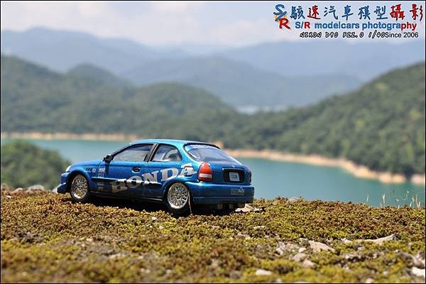 Honda civic EK9 by Johnny Lightning 012.JPG