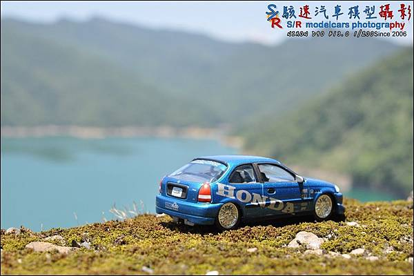 Honda civic EK9 by Johnny Lightning 023.JPG