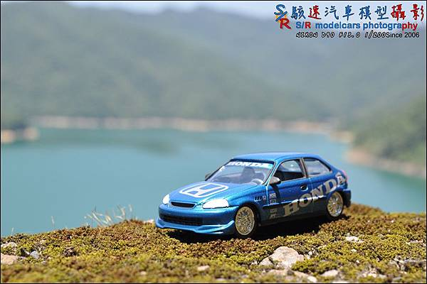 Honda civic EK9 by Johnny Lightning 024.JPG