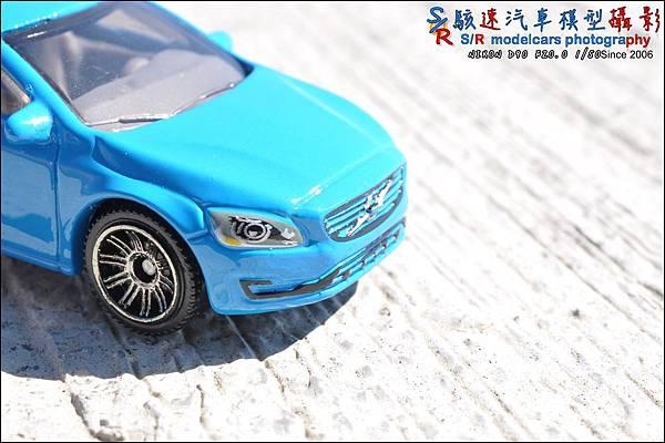 VOLVO V60 Wagon by Matchbox 004.JPG