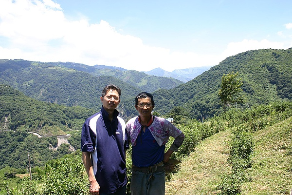 蘇先生與國賓茶園合影