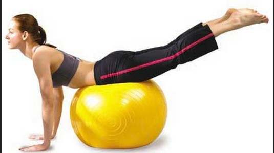 瑜珈球運動