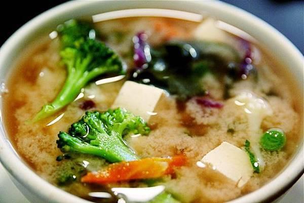 日本超夯排毒湯,讓你輕鬆減肥成功的健康排毒湯!