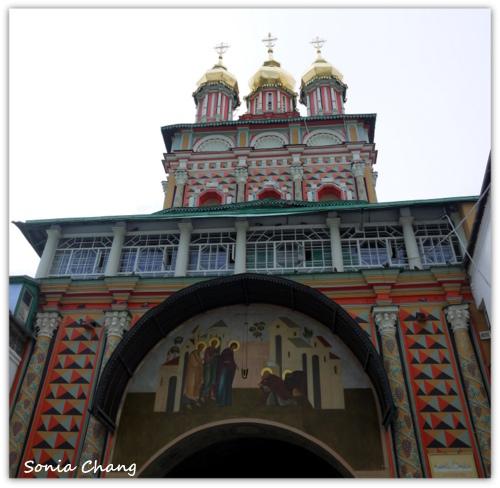 悄悄走進俄羅斯《在山的那一邊,賽吉耶夫-古城金環》