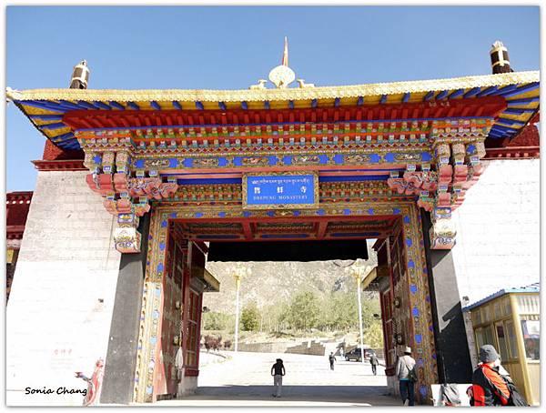 《奔跑在西藏最大寺廟 –哲蚌寺!》04