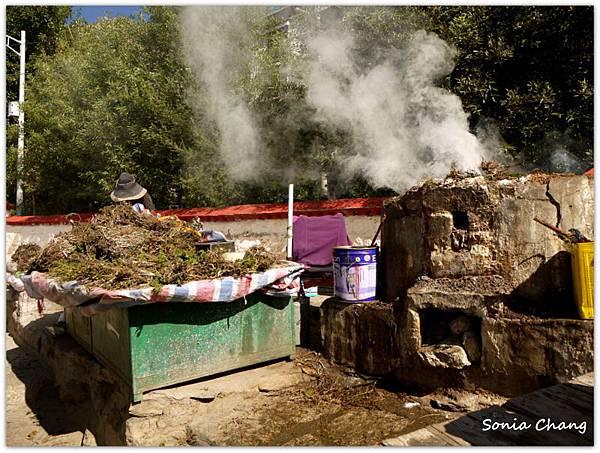 《奔跑在西藏最大寺廟 –哲蚌寺!》05