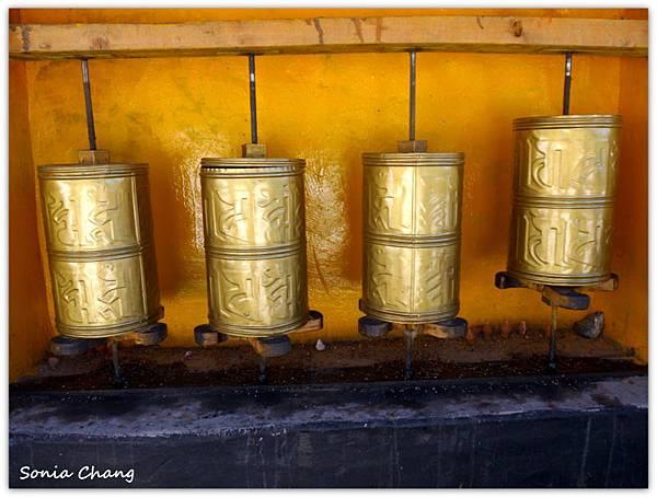 《奔跑在西藏最大寺廟 –哲蚌寺!》09