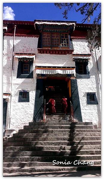 《奔跑在西藏最大寺廟 –哲蚌寺!》29