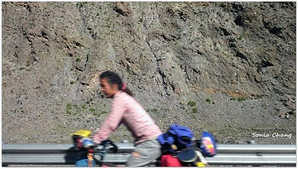 《天山天路 –珠峰大本營!》08