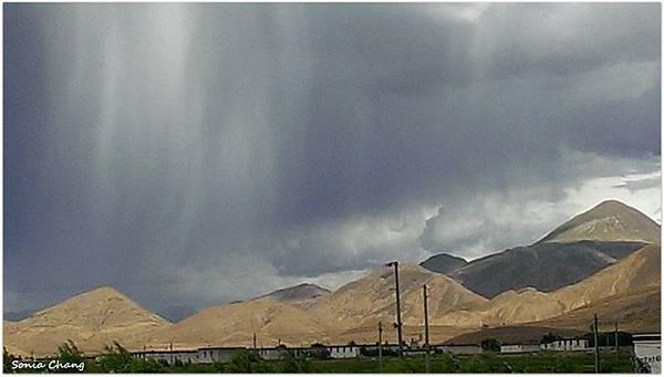 《魔幻天雨 –回日喀則的路上!》32