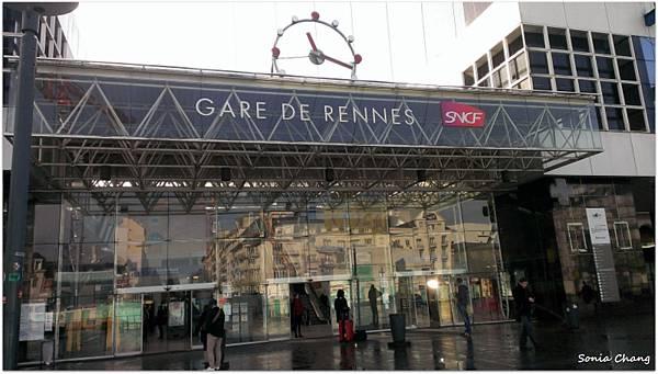 《星期天,巴士站沒開!法國.Rennes.聖米歇爾山》05