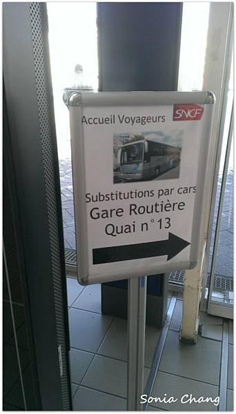 《星期天,巴士站沒開!法國.Rennes.聖米歇爾山》06
