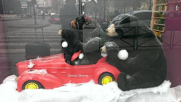 思念。在 『冬』歐!《拖著行李逛大街!法國.Rennes》11