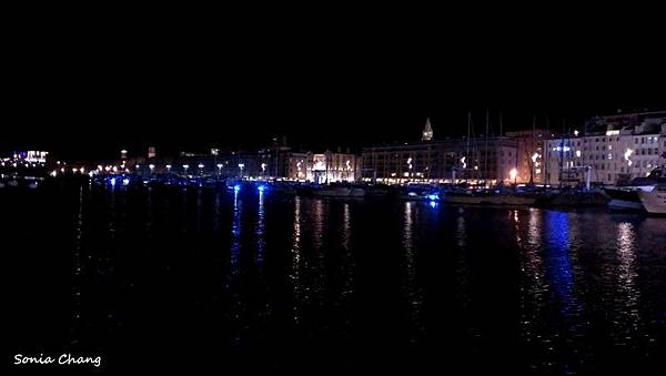 《不害怕的冬夜馬賽。 法國.Marseille》07