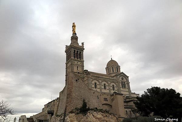 《我在馬賽山上點盞祈福之燈!法國.Marseille》09