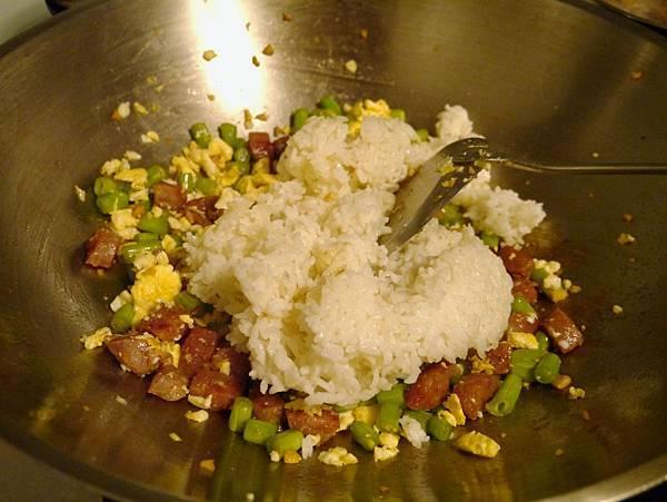香腸炒飯7
